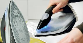 Dampfbügeleisen Philips PerfectCare Xpress GC5060/02 im Test