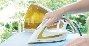 Tefal PRO EXPRESS ULTIMATE GV9581 Dampfbügelstation im Test