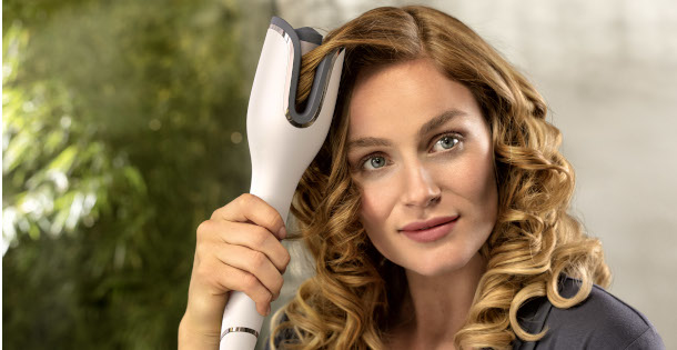 philips moistureprotect auto curler bhb878 00 lifestyle03 pe cl 20191112.download